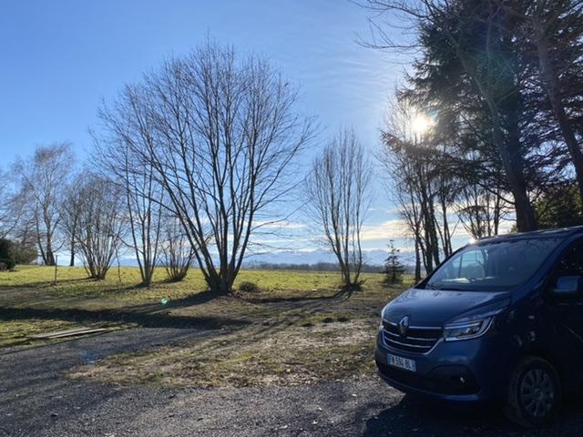Aire camping-car à Gardères (65320) - Photo 1
